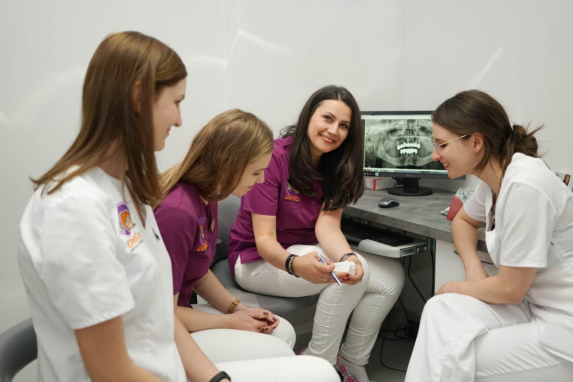 Leczenie bez bólu Konsultacje badanie zębów Dentico zesp     3