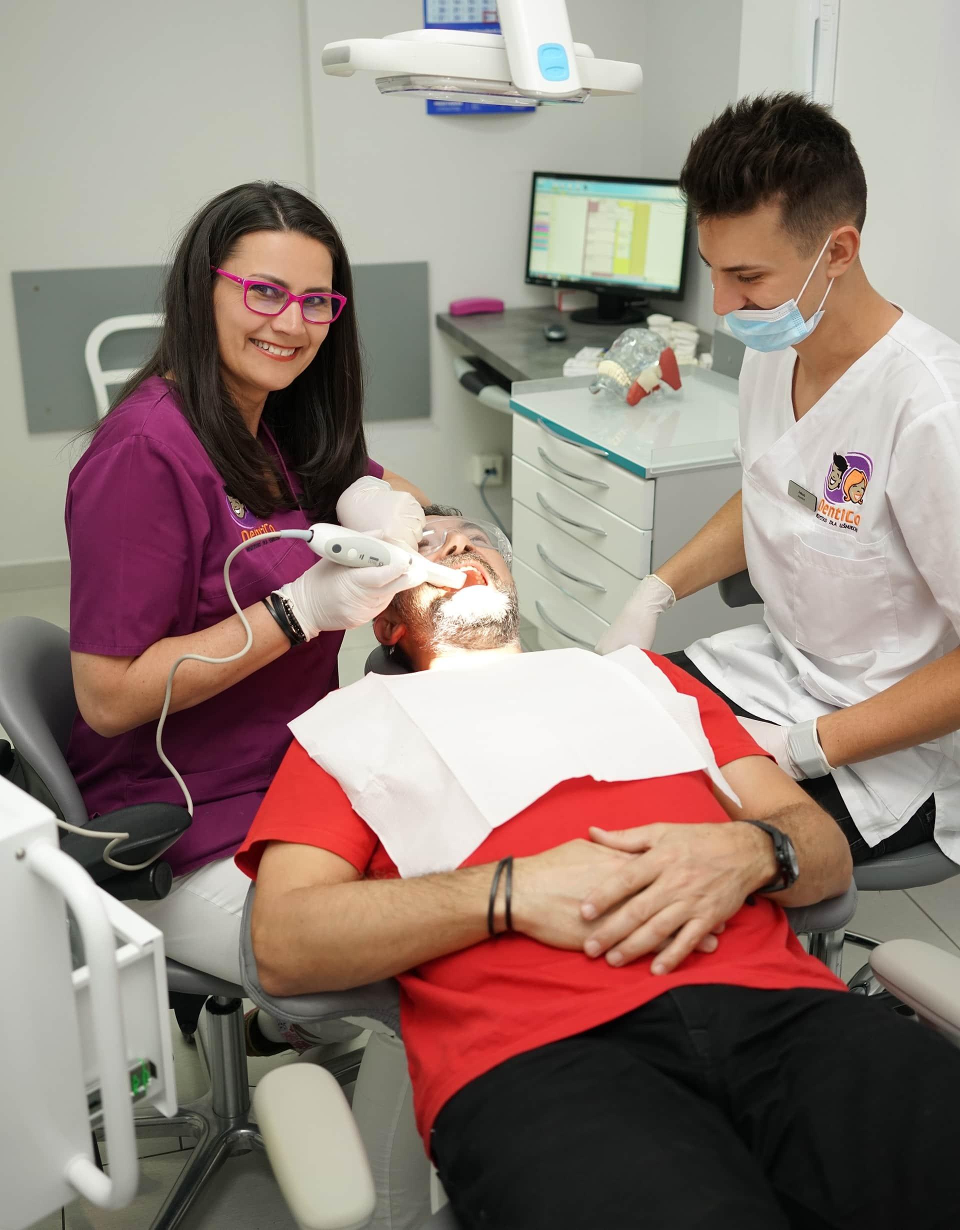 Korony i mosty zębowe <span>Gdańsk</span> Skaner wewnątrzustnt Dentico Diagnostyka zębów gotdsc01953 9