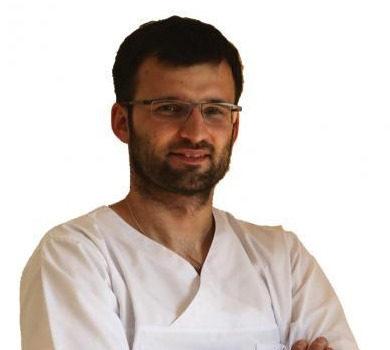 Poznaj zespół DentiCo dr n. med. Piotr Chomik